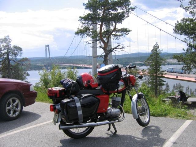 högakustenbro