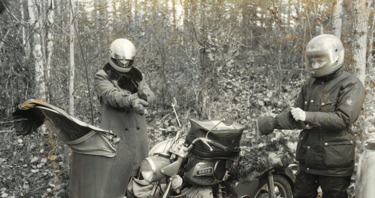 moottoripyörän tuonti